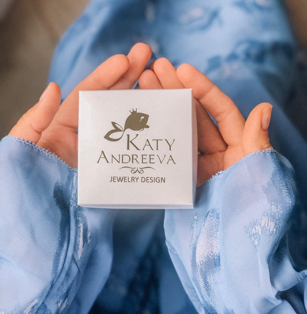 Подарочная упаковка в подарок при заказе украшений в интернет-магазине