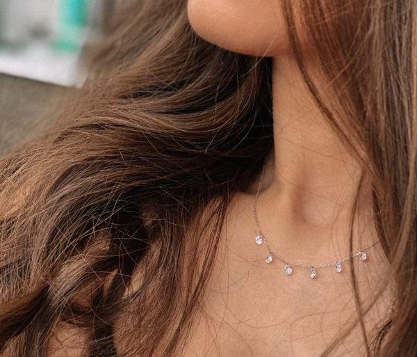 Колье «Rosa»(роса) из серебра с фианитами. Защищено родиевым покрытием. Длина 42 см. Гипоаллергенно!